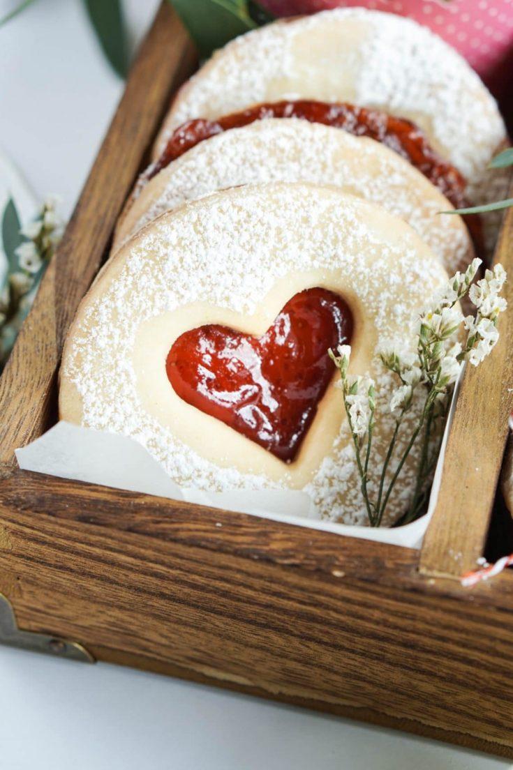 Linzer Cookies Italian Strawberry Jam