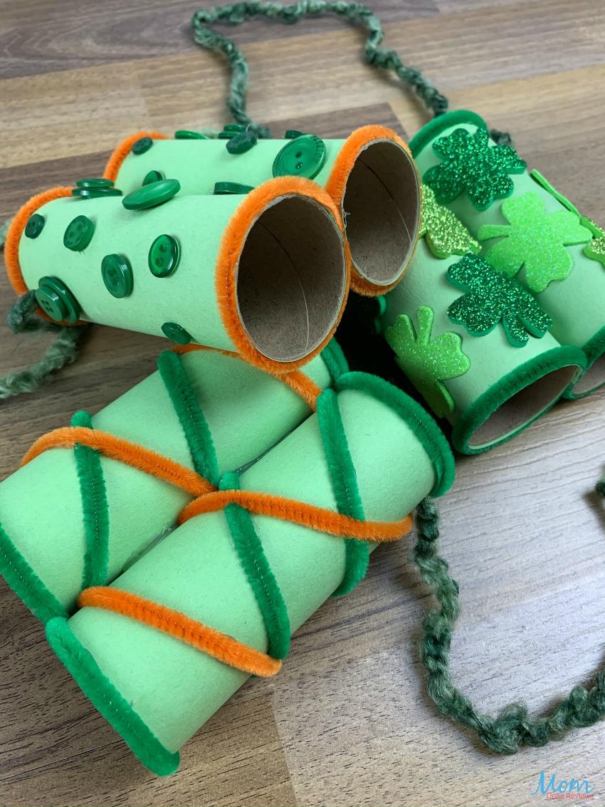 Fun Leprechaun Lookers Craft to Help Find those Sneaky Leprechauns! #crafts #funstuff #stpatricksday