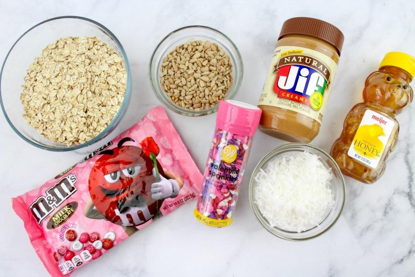 Valentine Oatmeal Bites ingredients