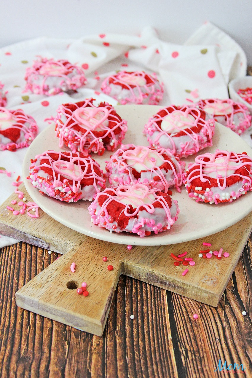 Valentines Thumbprint Cookies #Recipe #cookies #sweets