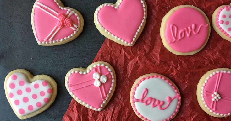 The Cutest Cookie Decorating Tips for Valentine's Day