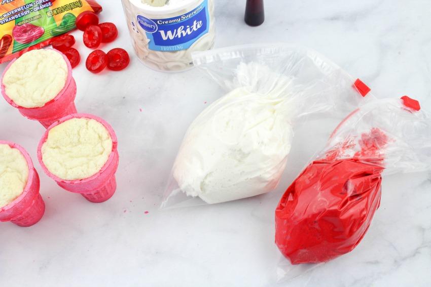 Cat in the Hat Cupcake Recipe process