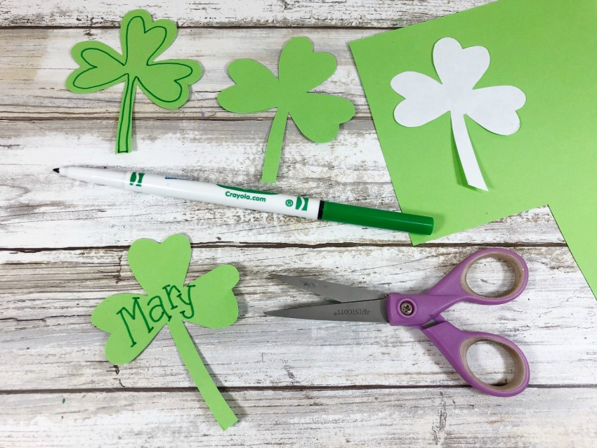St. Patrick's Day Craft Stick Leprechaun Craft process