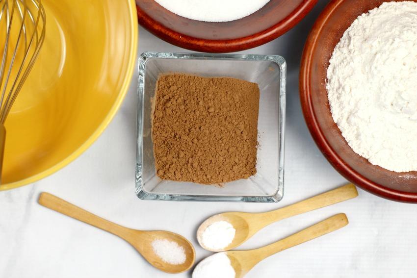 Dalmation Cupcakes process