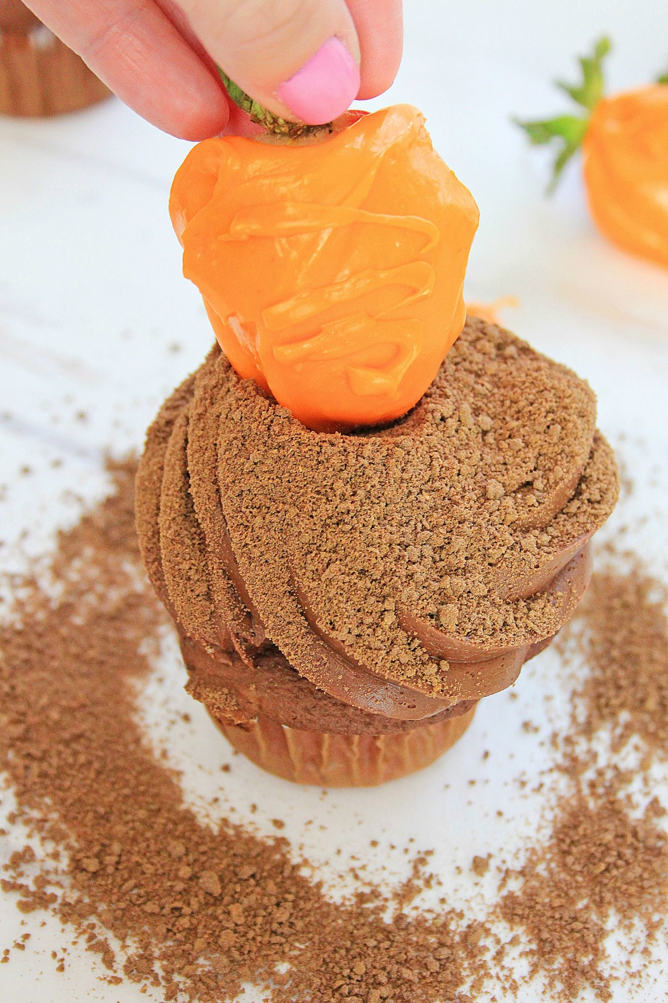 Carrot Patch Cupcakes process #Recipe #Tutorial #Cupcakes #Easter