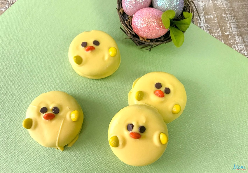 How to Make Super Cute Easter Chick OREOS