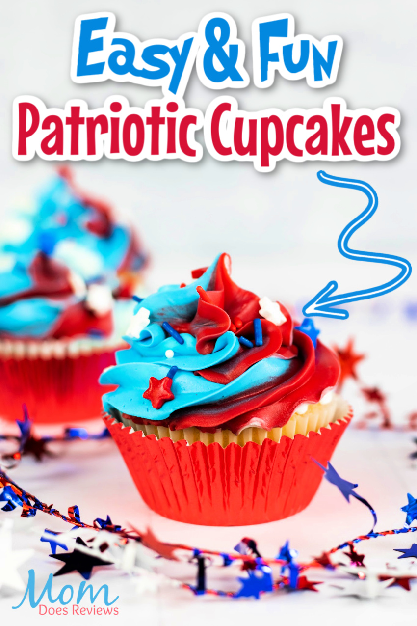 Red, White and Blue Festive Cupcakes #patriotic #cupcakes #sweets