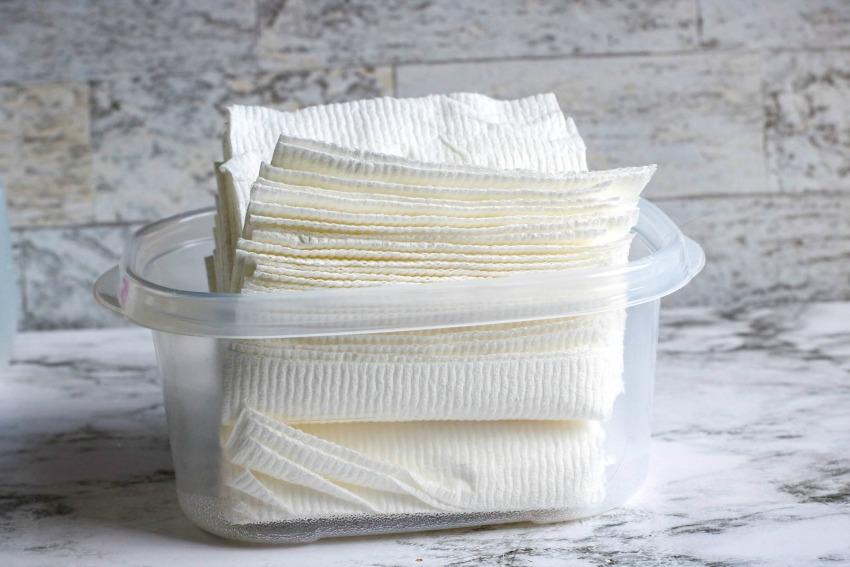 Homemade Handi Wipes process