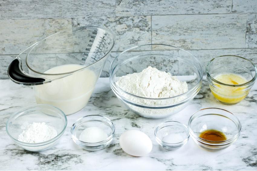 Easy Homemade Pancakes Recipe ingredients
