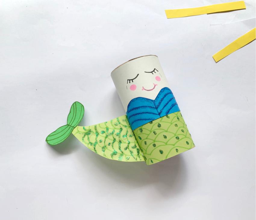 Toilet Paper Roll Mermaid Craft process