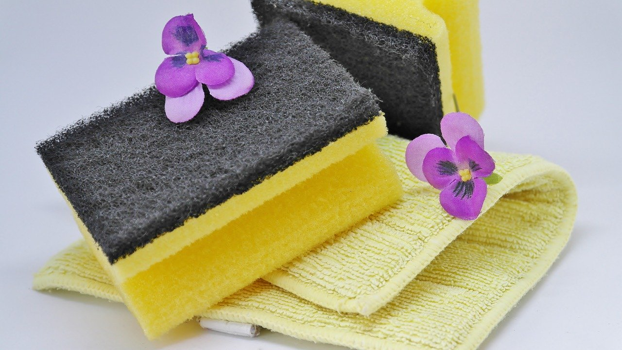 Tips for green cleaning in the bathroom