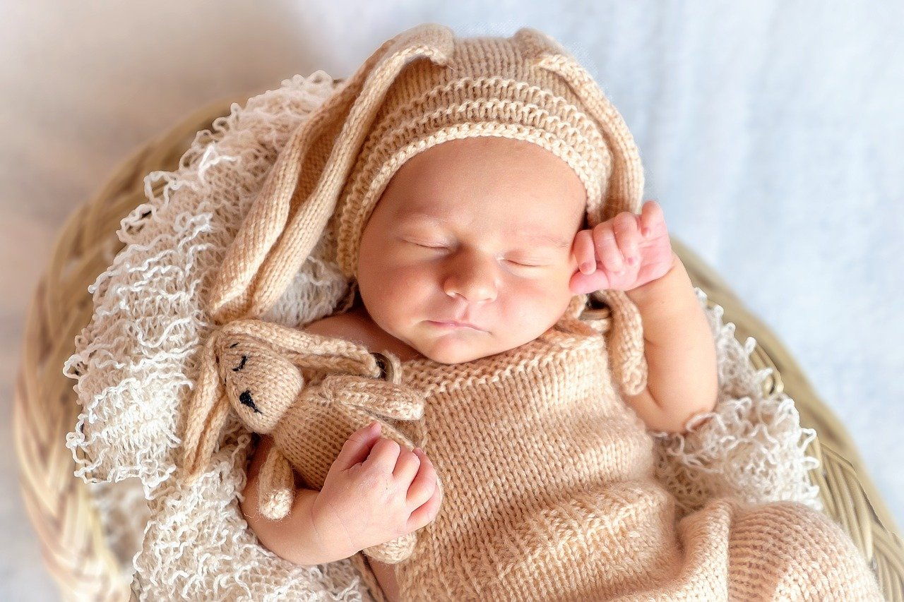 Your Newborn and Sleep: Tips for Making It Work