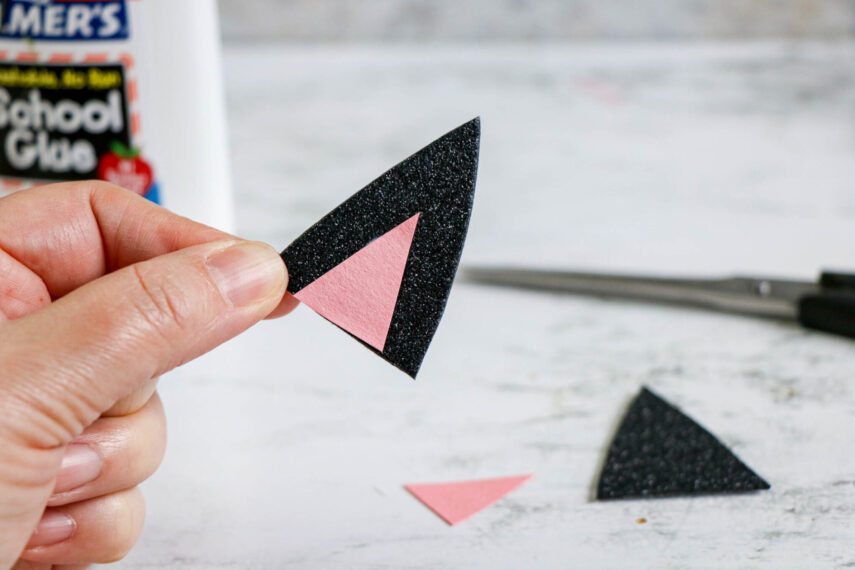 Black Cat Pom Pom Paper Plate Craft