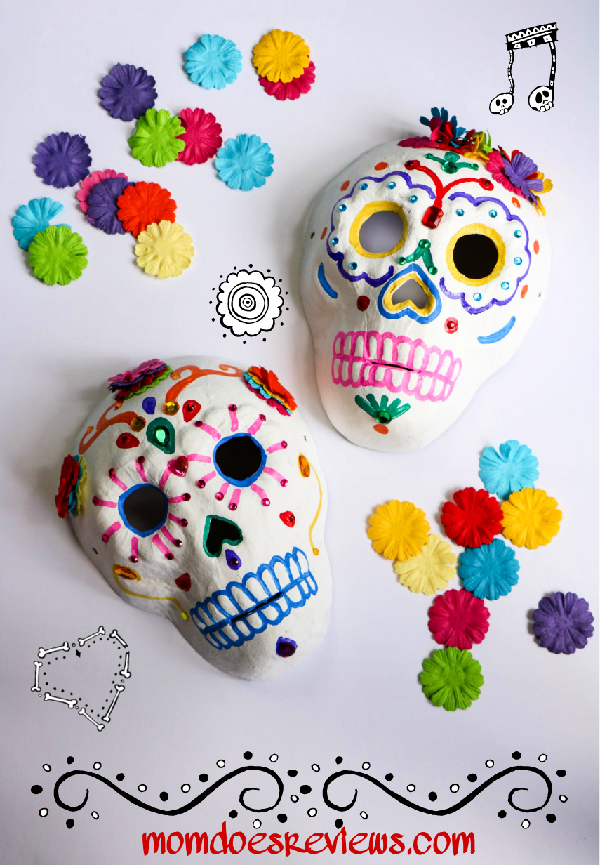 How to Decorate a Sugar Skull #dayofthedead #craft #DIY