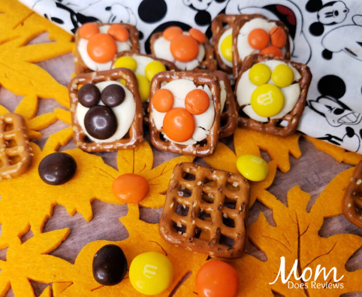 Thanksgiving Mickey Mouse Pretzel Bites
