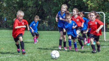 How to Encourage (Not Pressure) Your Child in a Sport