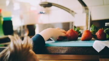 Extra Precautions to Take When Your Kids Have Food Allergies