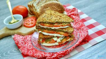 Air Fryer Tomato, Pesto & Fresh Mozzarella Grilled Cheese Sandwich Recipe