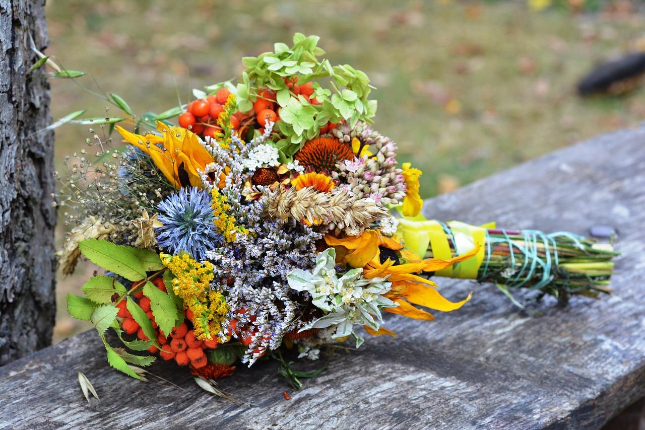 Wedding Flower Trends for 2021