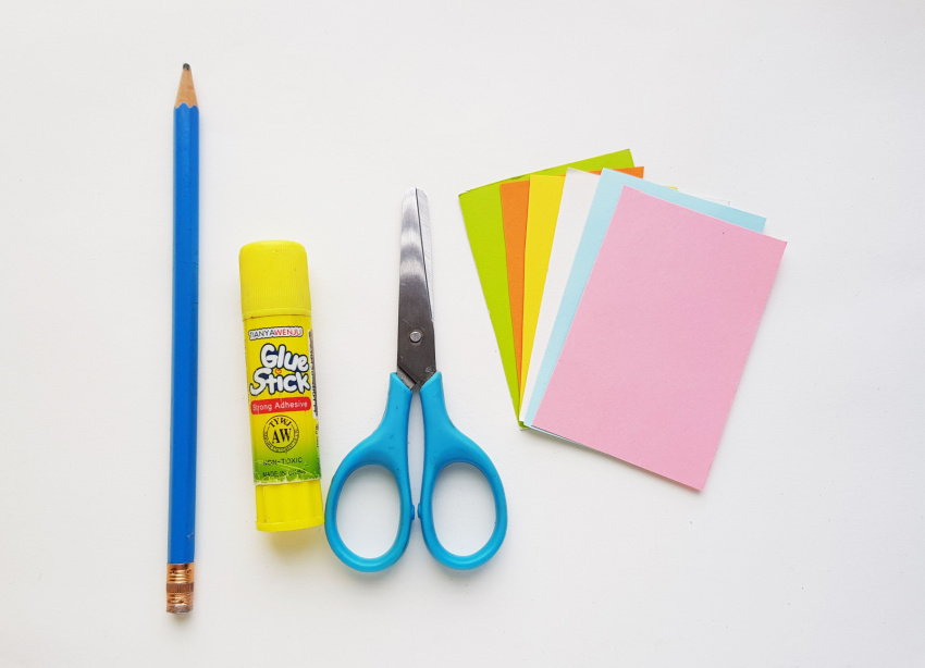 Easter Egg Paper Craft supplies needed