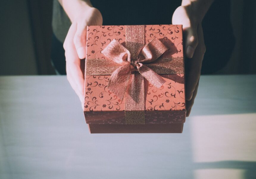 6 Amazing Gifts That Women Actually Want