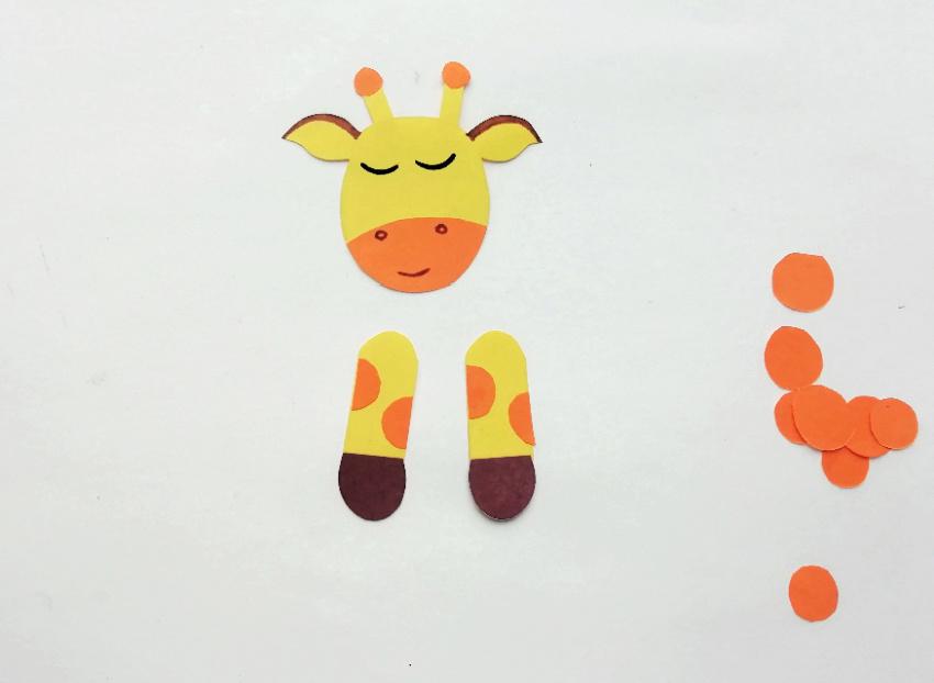 Paper Cone Giraffe Craft process