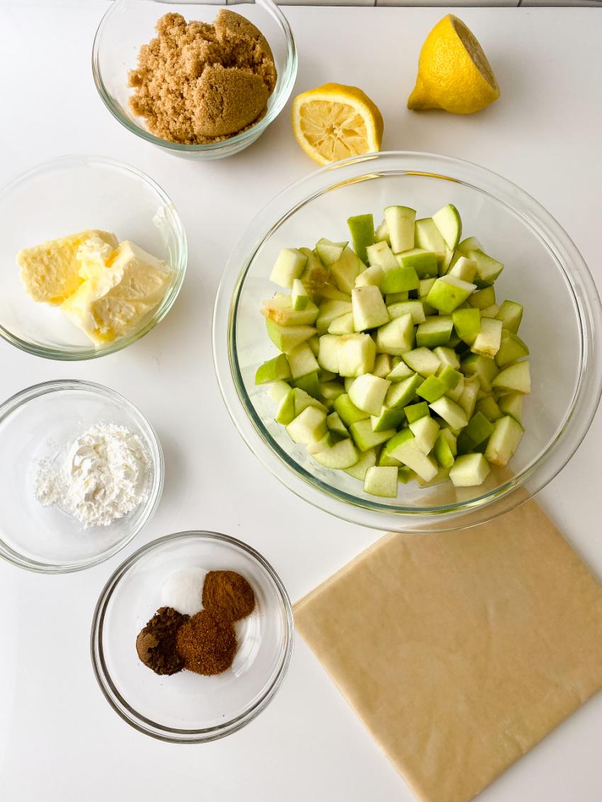 Apple Pie Eg Rolls ingredients needed
