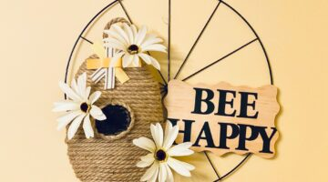 Dollar Tree Bee Happy Wreath #craft #behappy #dollartreecraft