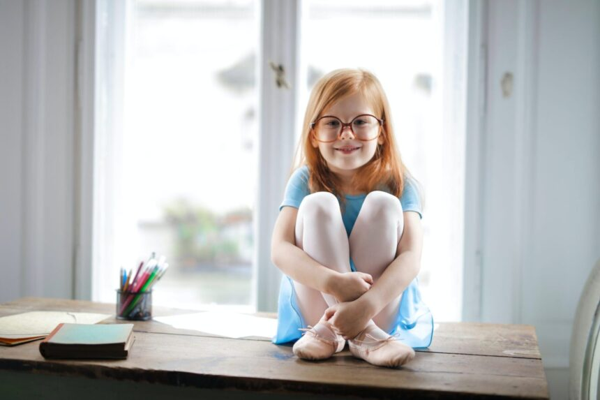 4 Signs Your Young Child Might Need New Glasses