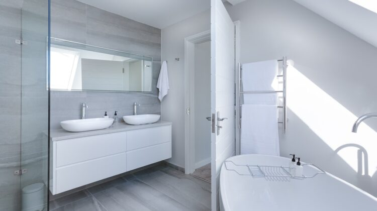 9 Tips to Renovating Your Bathroom