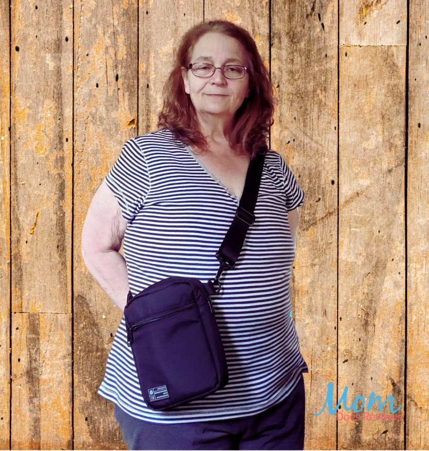 The HEX Brand Crossbody Bag Combines Style and Function to Camera Bags