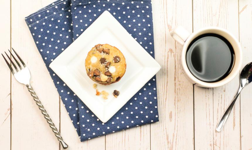 Copycat Chrissy Teigen's Banana BreadMuffins #Recipe #bananabread #breakfast