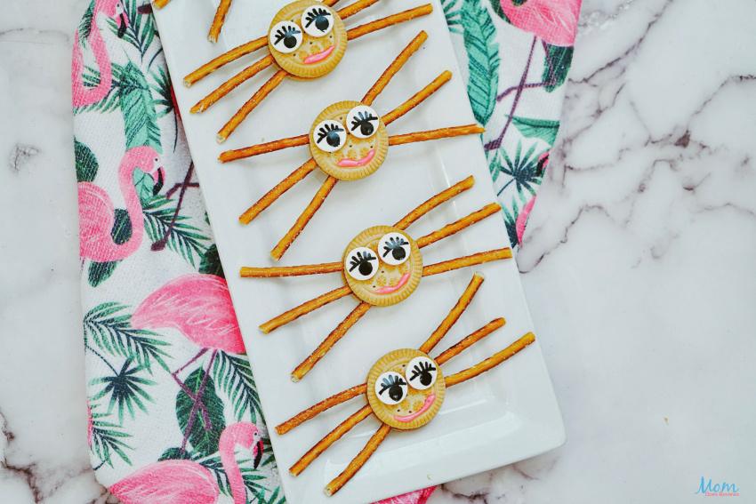 Fun & Easy Girly Spider Oreo Cookies