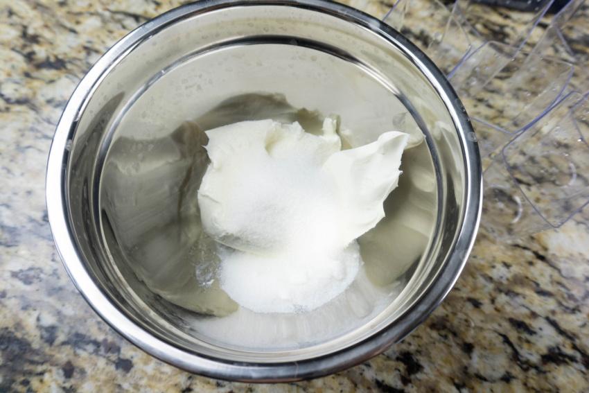 Pumpkin Vanilla Cheesecake Mini Trifles process