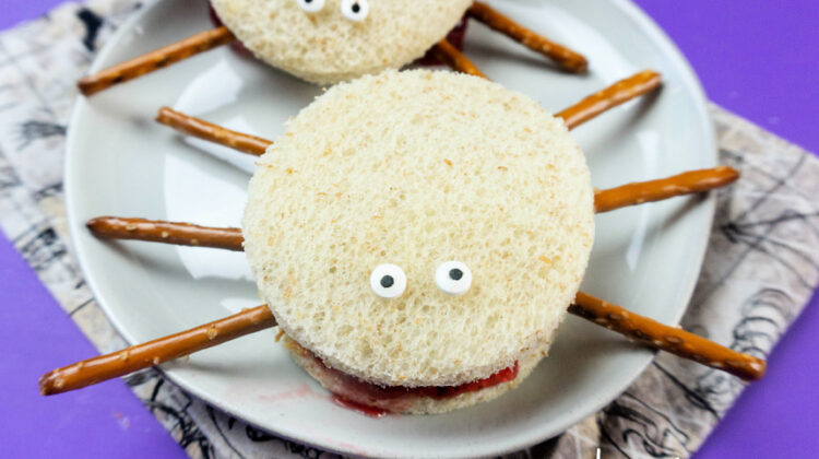 Spooky Spider Sandwiches