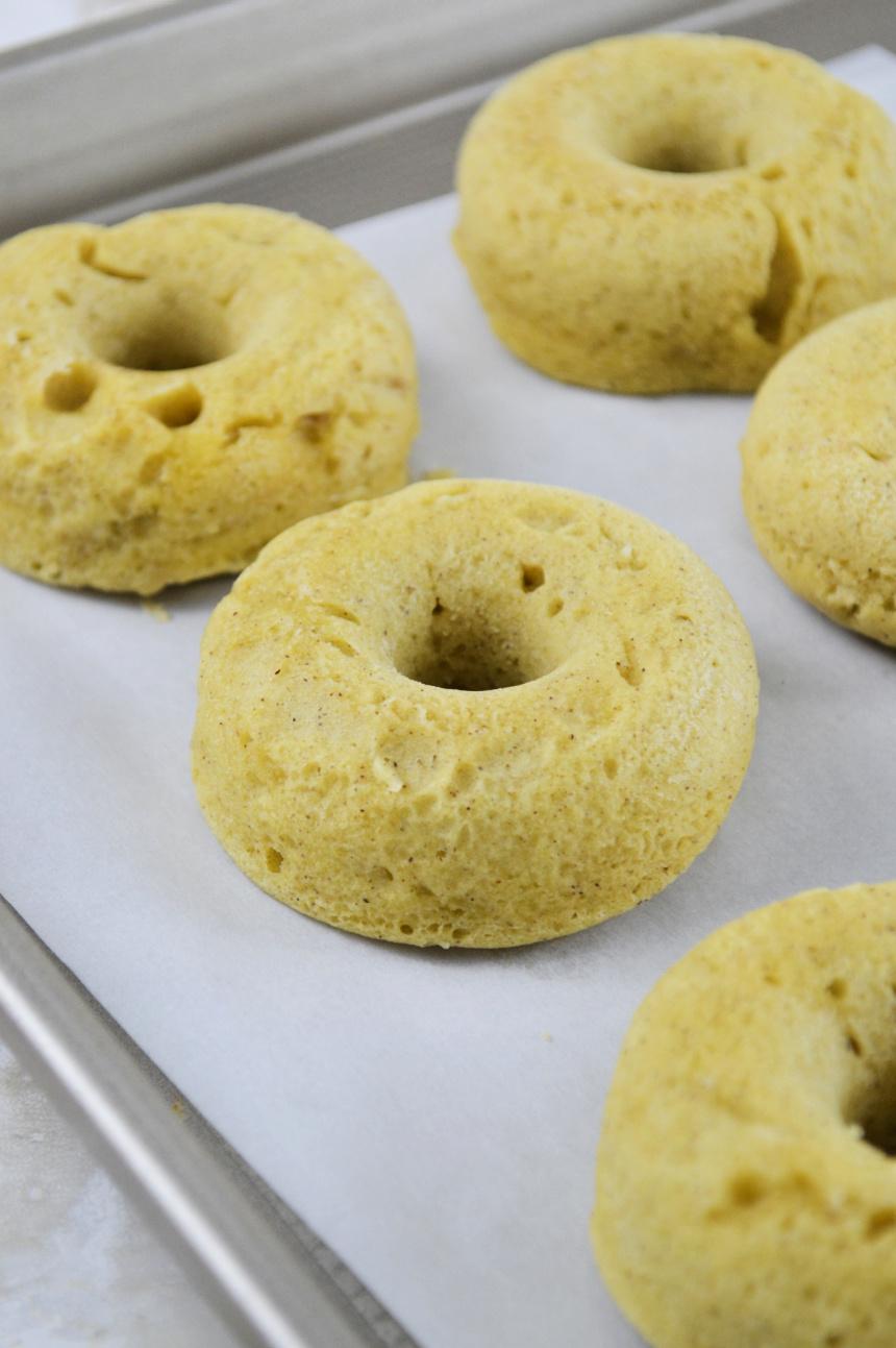 Easy Baked Apple Glazed Donuts