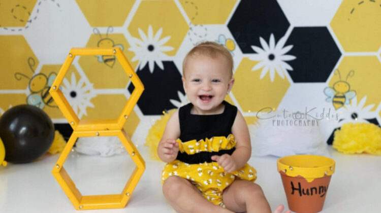 5 Amazingly Creative Photoshoot Themes You Can Create with a Microfiber Printed Backdrop
