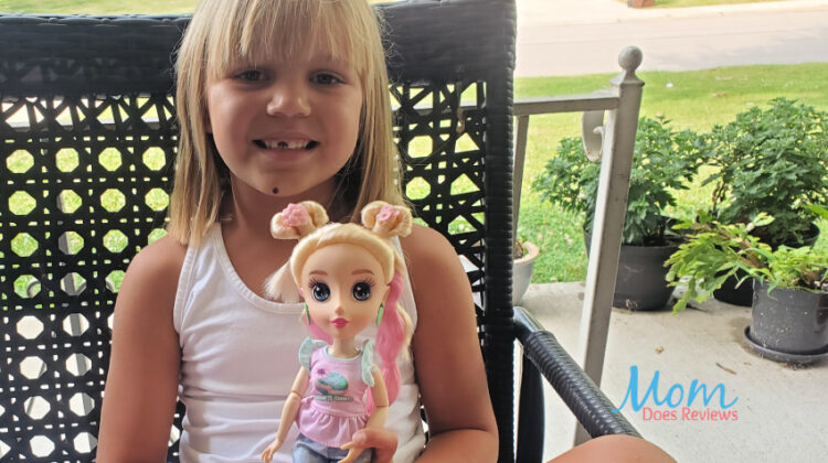 Learning About Being Kind with B-Kind Dolls from Jada Toys