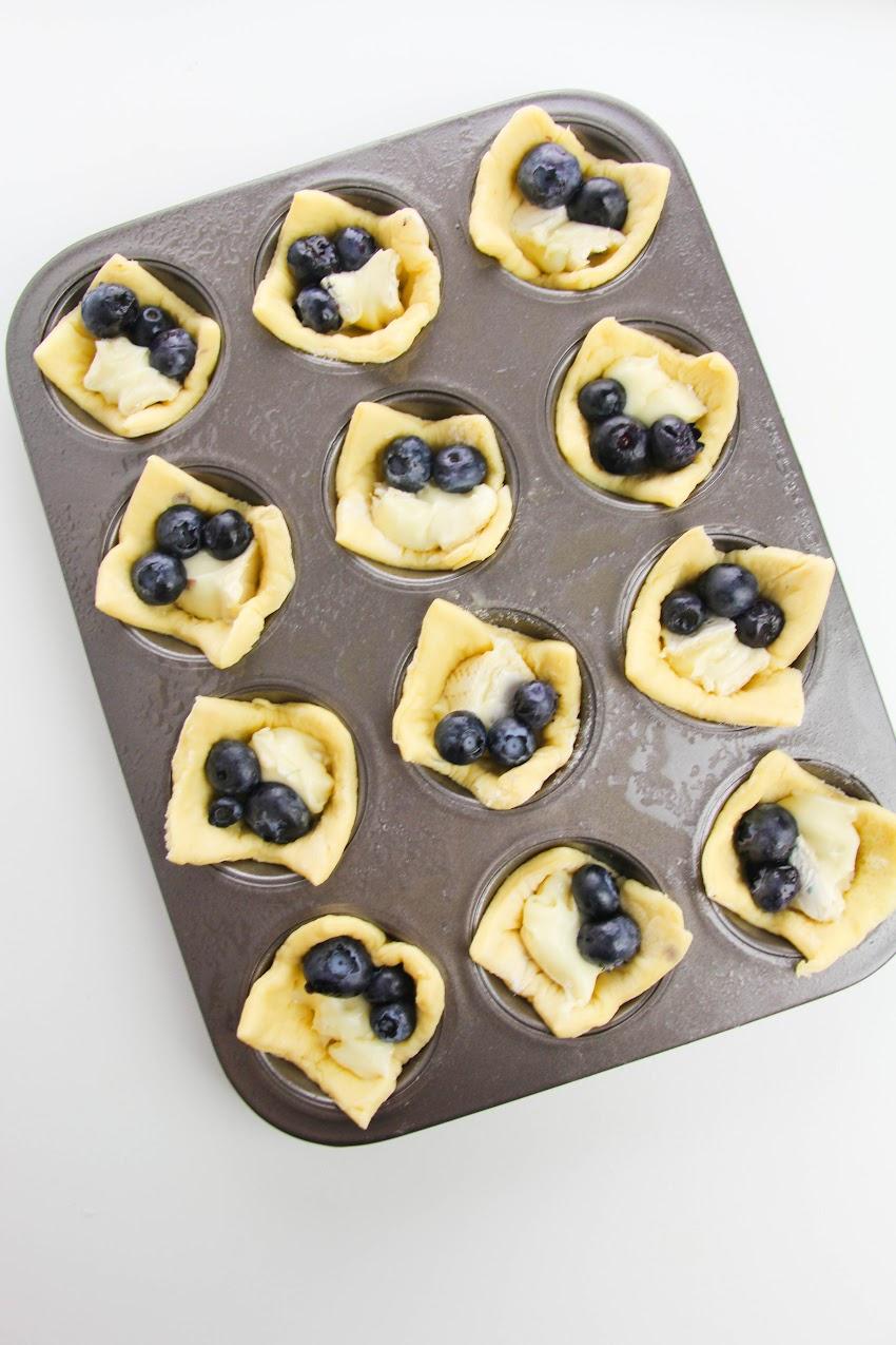 Blueberry Brie Bite process
