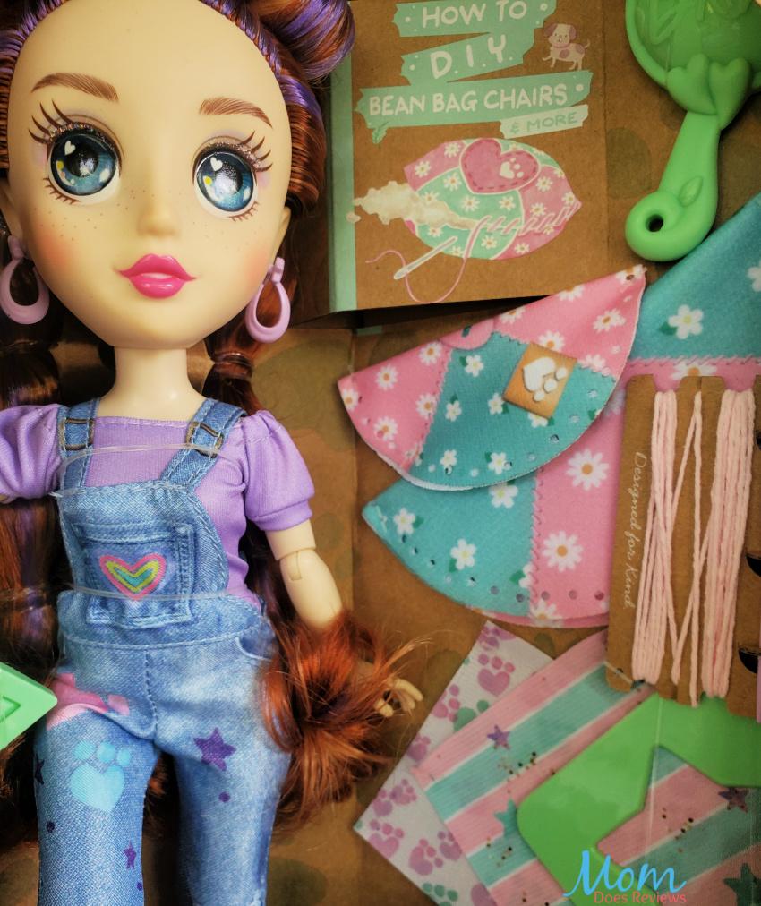 Daisy Bkind Doll