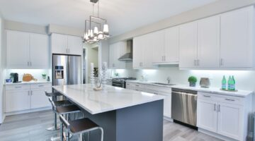 Kitchen Cart vs. Kitchen Island? Here's How to Choose